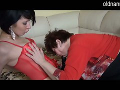 Granny helps sexy brunette try out new strapon