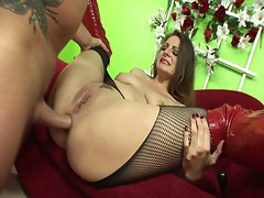 Whore nikki nievez gets her butthole ravaged