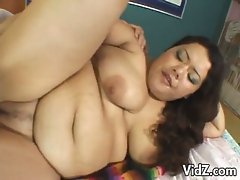 Huge brunette chubby chick gets fucked