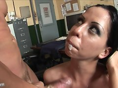 Sexy Larissa Dee receives a warm creamy load of cum spray on her mouth