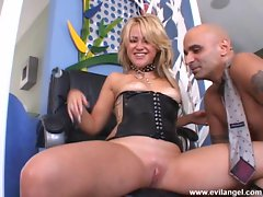 Mischievous angel Sindee Jennings welcomes an ample load of cock goo on her face