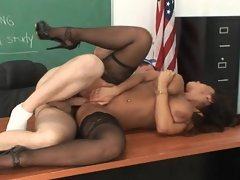 Sensational MILF teacher Lisa Ann gets banged