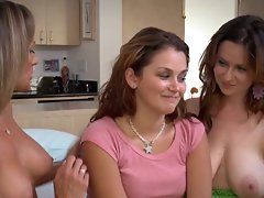 Violet Addamson and Allie Haze join Montana Skye for the best lesbian show