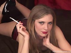 Kelle Marie - Smoking Fetish at Dragginladies