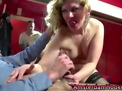 Amateur customer euro hooker fuck and cumshot