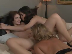 Avy Scott, Georgia Jones and Ashlyn Rae are horny for some pussy play