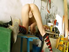The most erotic garage teenie fingering