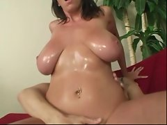 Alia Janine&amp,#039,s wet Juicy Juggs