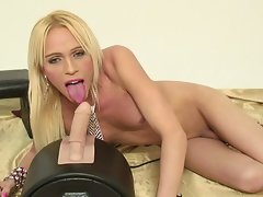 Horny shemale hot solo video