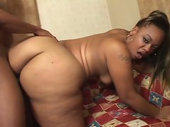 Big beautiful black babe with huge ass gets pussy pounded