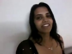 Indian sexy wife in Black Saree BJ