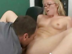 Sexy chick in the classroom eaten and fucked