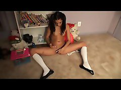 Teen schoolgirl in pigtails fingering her box