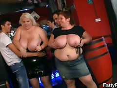 Plumper ladies have fun at the party