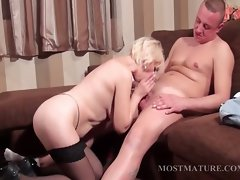 Luscious experienced accepts phallus in mouth and vagina