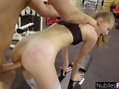 Tempting Fallen angel Begs For Manstick At The Gym! - Gym Selfie S16:E10
